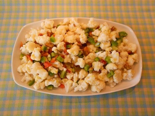 Plato ensalada de coliflor
