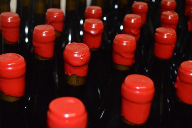 Botellas lacradas de Alfredo Maestro