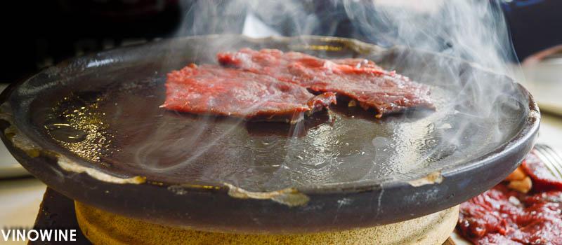 Plato de barro para asar el buey CaBu de El Riscal
