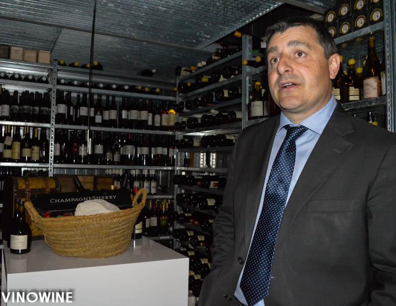 Pitu Roca evocando los vinos de Jerez
