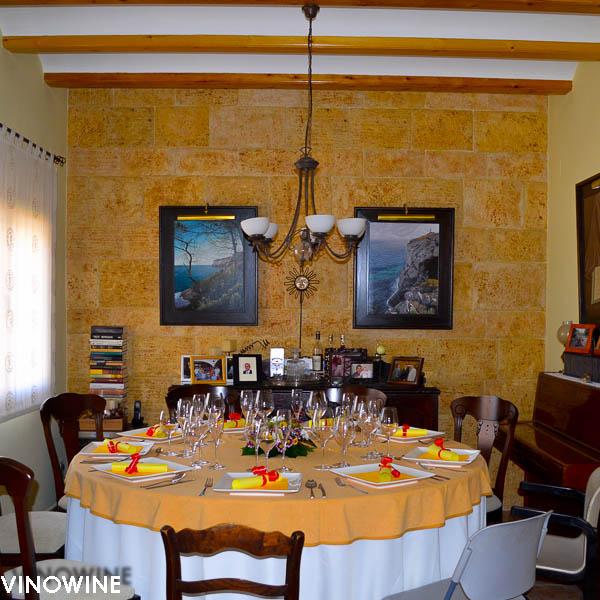 Mesa puesta en casa de Toni Grimalt
