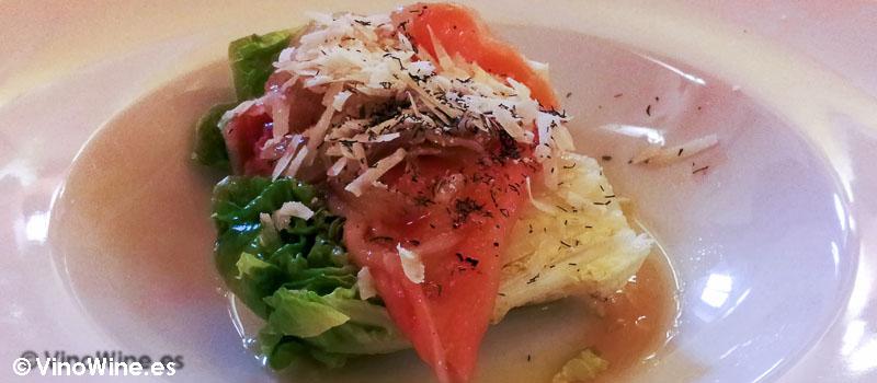 Cogollos con salmon parmesano y eneldo de Arroceria Caragol de Alcoy