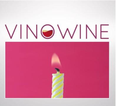 logo VinoWine aniversario