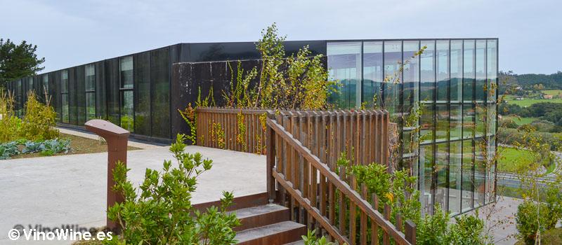 Edificio sostenible e integrado de Azurmendi