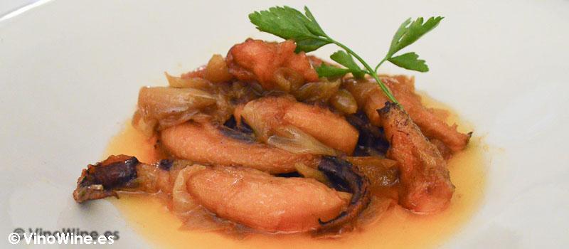 Patitas de sepia con cebolla de Ca Pepico de Valencia