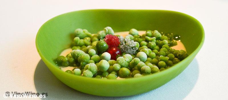 Ensalada verde de guisantes regaliz e hinojo Celler de Can Roca