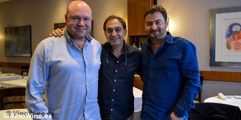 Jose Ruiz y José Enrique con Ricardo Gil de Restaurante 33 en Tudela