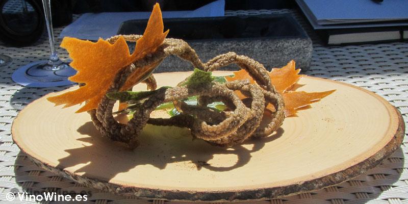 Raíces de boletus y hojas de maíz de Quique Dacosta en Denia