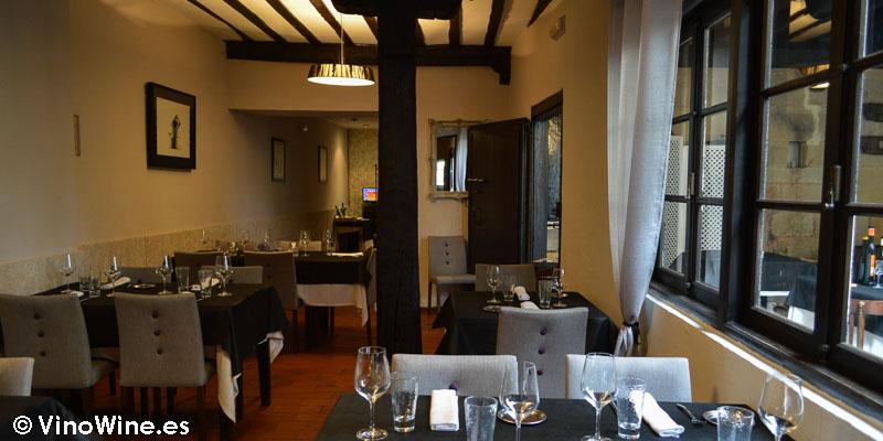 Sala interior de Restaurante Nueva Torruca en Cantabria