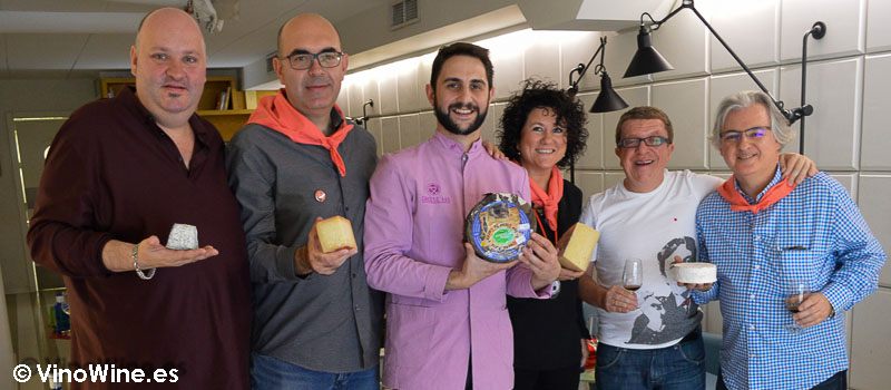 Los catadores Restauranteros en el Cheese Bar de Poncelet en Madrid