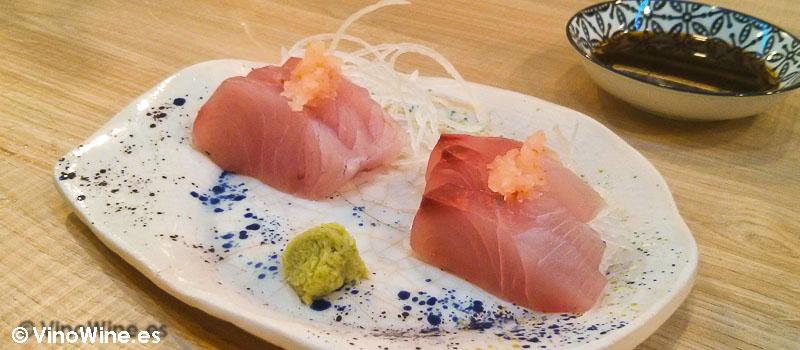 Sashimi de pez limón con wasabi de Momiji en Martin & Mary Sushi Bar en Valencia