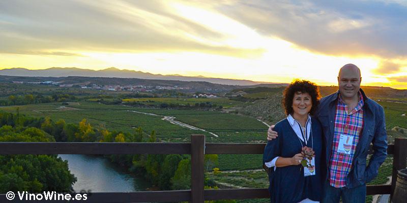 Finca de Bodegas Valdelana en La Rioja, precioso atadecer frente al Ebro