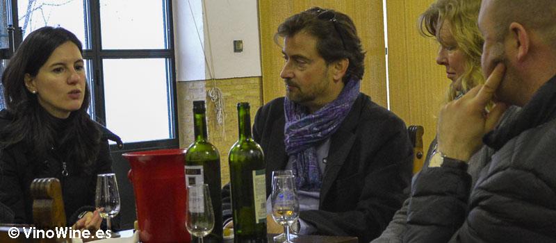 Con Adela en la cata en Perez Barquero de la DO Montilla Moriles