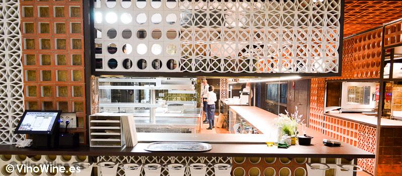 Cocina a la vista de Disfrutar en Barcelona