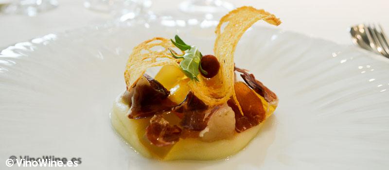 Yema de huevo curado con ibéricos de L'Angle en Barcelona