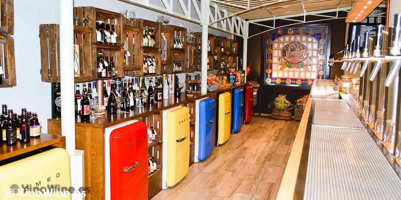 Estética Industrial Las Cervezas del Mercado en Valencia
