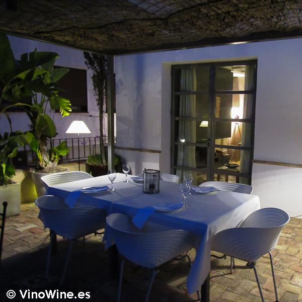 Mesa preprada en La Serena en Altea
