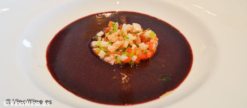 Gazpacho de cerezas del Rice Restaurant by Kiko Moya y Alberto Redrado en Finestrat