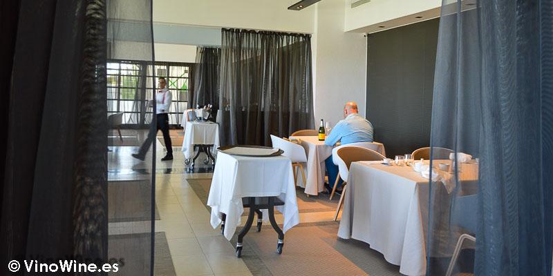 Salas consecutivas del Rice Restaurant by Kiko Moya y Alberto Redrado en Finestrat