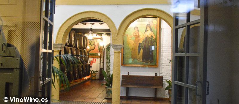 Entrada de Restaurante Bodegas Campos en Córdoba