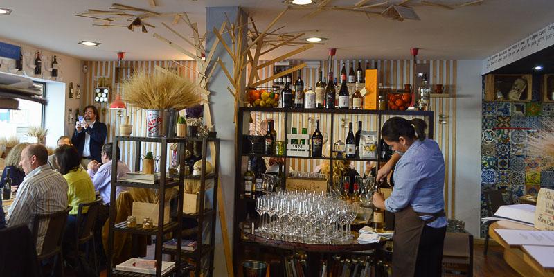 Sala del Restaurante Julio Verne en Valencia