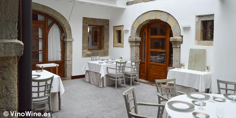 Detalle de uno de los comedores del Restuante el Cenador de Amós en Cantabria