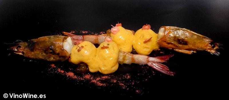 Gazpacho agridulce con fresitas silvestres, chile chipotle ahumado de Diverxo con Daviz Muñoz