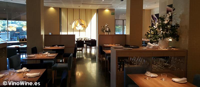 Vista parcial de la sala de La Cuina Restaurant en Ontinyent