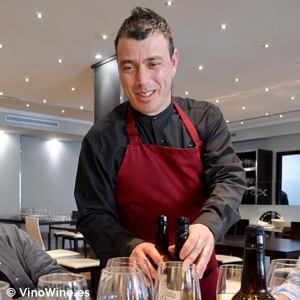 Raul, sumiller del Restaurante El Campero en Barbate