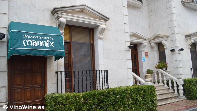 Fachada del Restaurante Mannix en Campaspero provincia de Valladolid