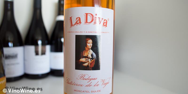 Moscatel Casta Diva La Diva 2012, uno de los 10 vinos valencianos seleccionados por Jose Ruiz