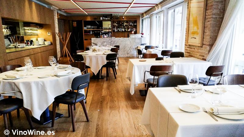 Vista parcial del comedor del Restaurante Entrevins de Valencia