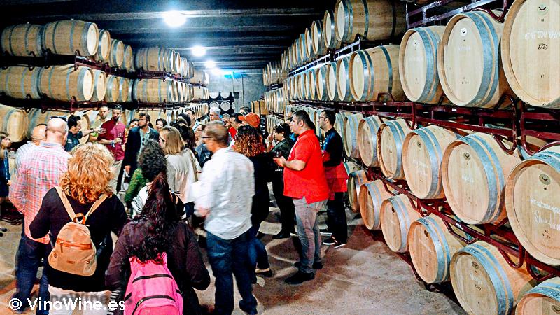 Cata en la cava subterranea en la I Mendozas Wine Lovers Edition by Bodegas Mendoza