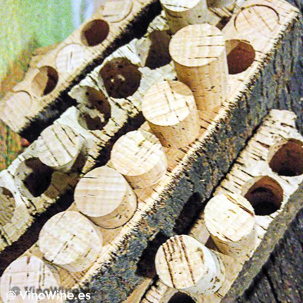 Troquelado de corchos en la I Mendozas Wine Lovers Edition by Bodegas Mendoza