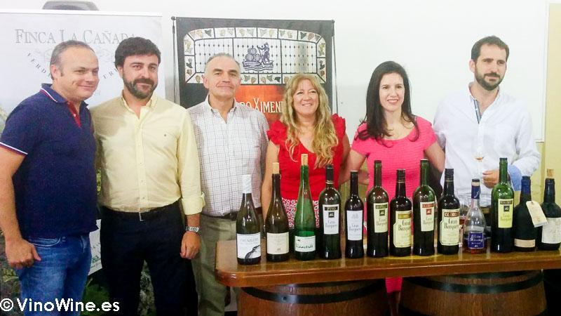 Foto final de la cata de los vinos de la bodega Perez Barquero visitada en el Encuentro Verema Montilla Moriles