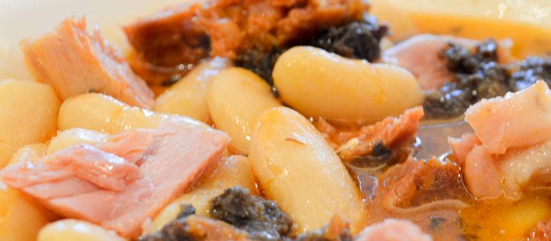 Fabada de Prendes con compango de Casa Gerardo en Asturias