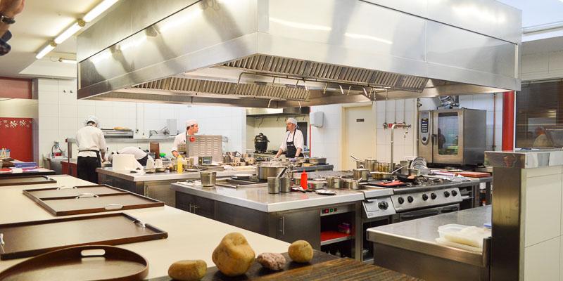 Visa de la cocina del Restaurante Casa Gerardo en Asturias