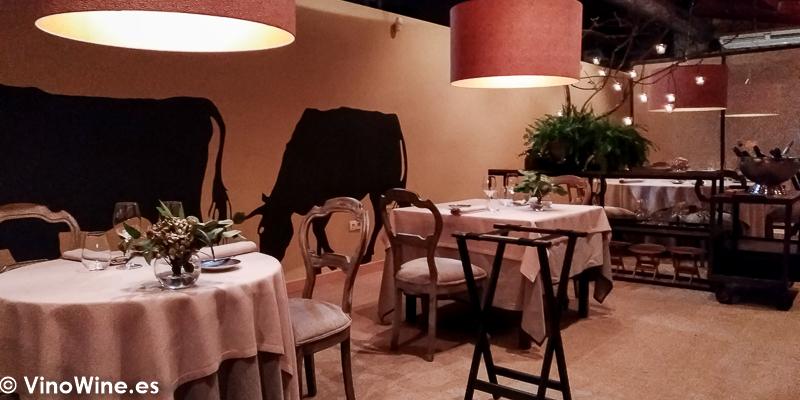 Vista parcial de la sala del Restaurante La Salgar de Nacho Manzano en Gijon