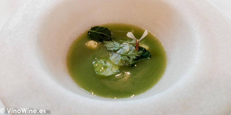 Infusión de verduras de primavera del Restaurante El Carmen de Montesión en Toledo