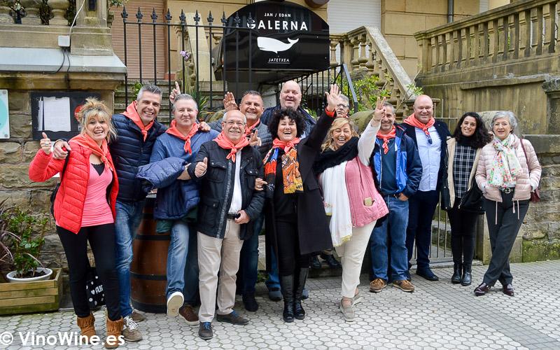Restauranteros asistentes a la comida del Restaurante Galerna en San Sebastian