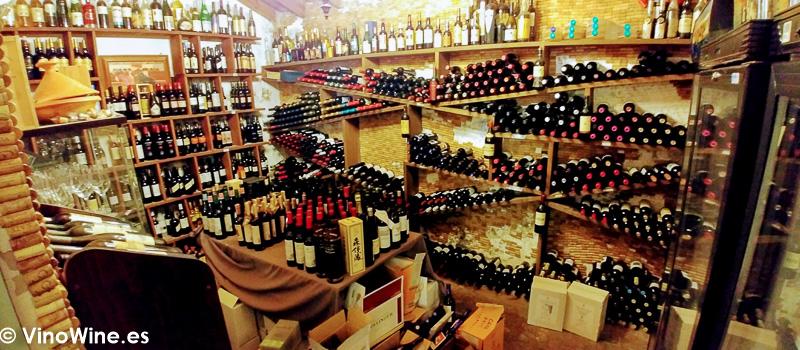 Bodega del Restaurante La Carbona de Jerez visitado en el trasnscurso de Vinoble