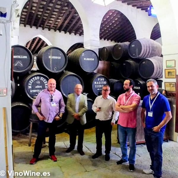 Bodegas El Maestro Sierra visitadas en el transcurso de Vinoble