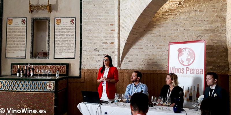 Cata El Milagro de los Vinos de Hielo dirigida por Naiara Lopez de Vinos Perea celebrada la mañana de Vinoble