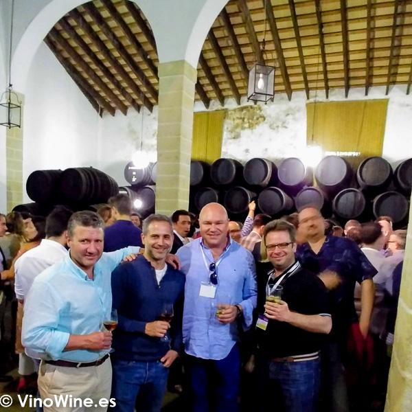 Foto de los BojospelVi en la Fiesta de Bodegas Tradicion del lunes noche de Vinoble