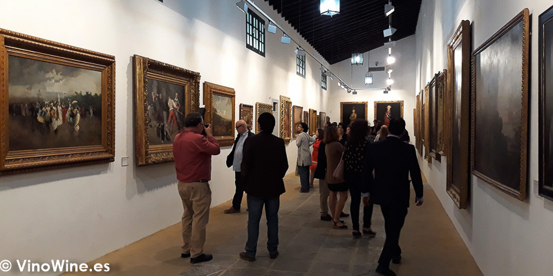 Pinacoteca de Bodegas Tradicion visitada en la Fiesta que organizan el lunes noche de Vinoble
