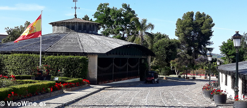 Vista parcial de las Bodegas Gonzalez Byass Cata de Reliquias Líquidas celebrada en Vinoble