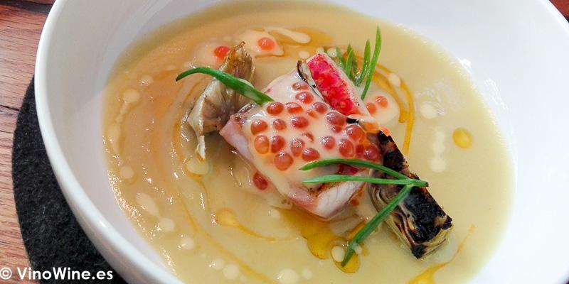 Salmonete y alcachofa tardia del Restaurante Amelia de San Sebastian