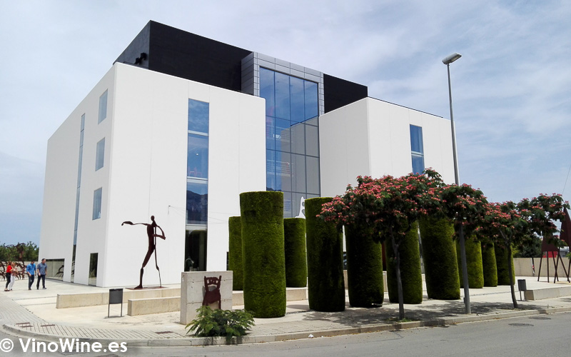 Vista del edificio del Restaurante Aticcook en Denia