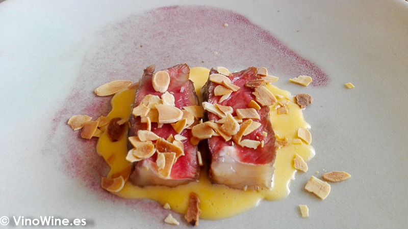 Lomo bajo de vaca rubia gallega holandesa de su grasa e hinojo de Tula Restaurante de Javea en Alicante