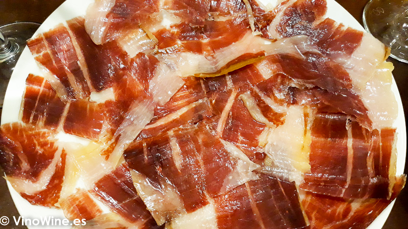 Jamón ibérico de bellota degustado en la Taberna Oly de Sevilla